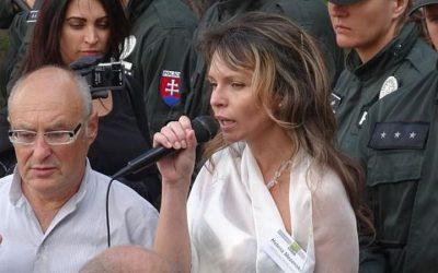 1. 9. 2013 – OT + poslankyňa Mezenská Prepustite väzňa !